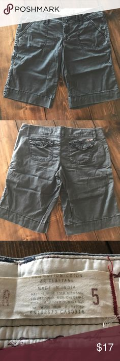 CCO SALE Dark blue Hollister shorts Sz 5 Perfect for casual summer days Hollister Shorts