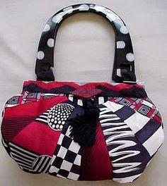 necktie purse, love these colors....(I don't normally like things made from used neckties).