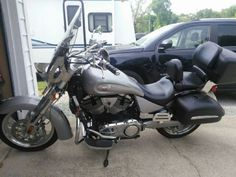 2007 Victory KING PIN TOUR Touring , silver/grey, 13,200 miles for sale in elkhart, IN