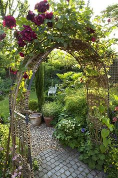 lovely garden arch with roses ~~ beautiful path