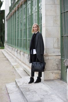 Skinny scarf - leather pants - céline mini luggage - grey wool coat - womens fashion - fall fashion