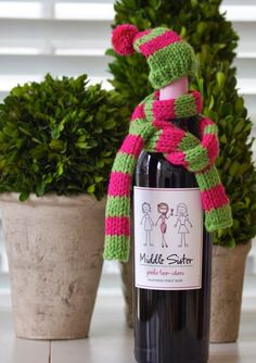 wine bottle hat & scarf knitting pattern | a cup of mascarpone