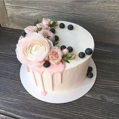 Added to my 'to make' list. Cupcakes, Cake Cookies, Cupcake Cakes, Food Cakes, Cake Business, Just Cakes, Floral Cake, Cake Decorating Tips, Drip Cakes