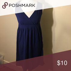 💕Ann Taylor Loft Gently used. No trades. 11 My mannequin is a size small/medium to get a better estimate of the size. LOFT Dresses