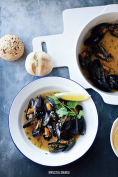 Wheat beer mussels with cloves Wheat Beer, Happy Foods, Savoury Dishes, Perfect Food, Fish And Seafood, Food Presentation, Seafood Recipes, Food Photography, Food And Drink