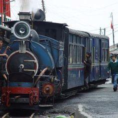 The famous Darjeeling Himalayan Railway. www.teacampaign.ca  Source: see below.