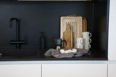 talo markki - mustavalkoinen keittiö