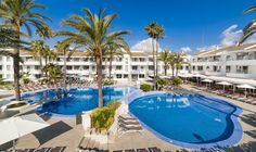A modern apartment complex located in a peaceful residential area of Puerto Pollensa, Hoposa Villaconcha is the ideal apartment complex in Mallorca.