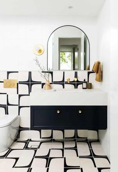 Bathroom Inspiration, Interior Inspiration, Black Powder Room, Modern Powder Rooms, Black And White Tiles, Black And White Bathroom Floor, Black And White Interior, Interior Design Minimalist, Childrens Bathroom