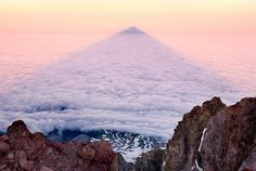 AMAZING!! THE #MOUNTAIN #SHADOW -- Mount Hood, OR by Light of the Wild, via Flickr