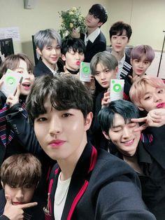 171202 Wanna One Melon Music Award K Pop, Produce 101 Season 2, Kim Jaehwan, Ha Sungwoon, Perfect Boy, My Youth, Seong, Korean Celebrities, 3 In One