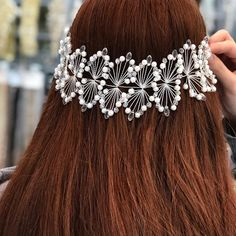 Image may contain: one or more people and closeup - Haarschmuck Bridesmaid Hair, Wedding Bridesmaids, Wedding Dresses, Hair Wedding, Braided Hairstyles, Wedding Hairstyles, Indian Hairstyles, Updo Tutorial, Wedding Hair Accessories