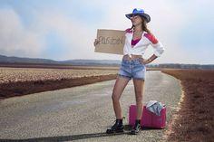 ©BérengèreFriess #autostop #aventure #fashion #photoshoot #cowgirl #roadtrip
