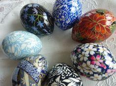 Wash paper eggs. Decoupage.