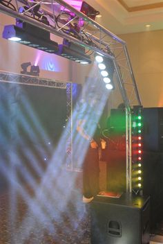 Check out the different #truss applications used for TRUSST in the Erikson Pro Canadian #DJ Show (CDJShow) http://www.trussnews.com/trusst-truss-kits-and-chauvet-dj-lights-excite-at-cdj-show-with-erikson-pro/