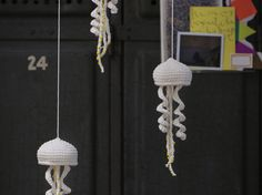 Crochet Fish, Diy Crochet, Mobiles, Japanese Crochet, Baby Mobile, Crochet Decoration, Crochet Accessories, Free Pattern, Crochet Earrings