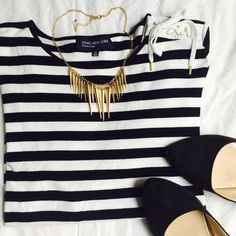 Striped top Black & white striped top with string tie on left shoulder. EUC Jones New York Tops Tees - Short Sleeve