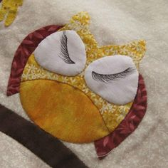 Life's a Hoot! via Craftsy Owl Quilt Pattern, Applique Quilt Patterns, Hand Applique, Wool Applique, Applique Wall Hanging, Owl Quilts, Owl Fabric, Pattern Library, Quilt Sizes