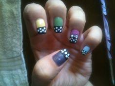 Nail Art Gallery - Polca dots on pastels