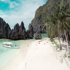 Miniloc Island, El Nido Shot using Birdiepic they're currently running a giveaway, check their account for the details The Beach, Palawan, Beautiful Beaches, Mother Nature, Philippines, Shots, Villa, Island, Water