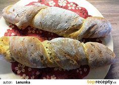 Kořenový chléb s cibulkou recept - TopRecepty.cz