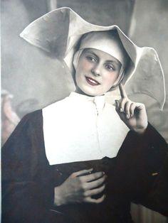 Antique french postcard  Nun sister soeur by LizKnijnenburg