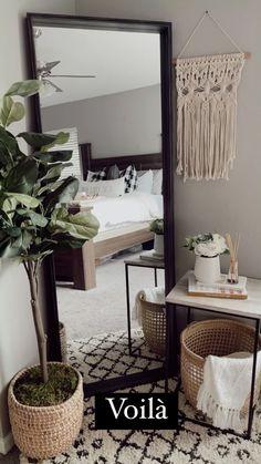 Home Bedroom, Home Living Room, Apartment Living, Bedroom Decor, Bedroom With Tv, Bedrooms, Home Room Design, Home Interior Design, Home Hacks