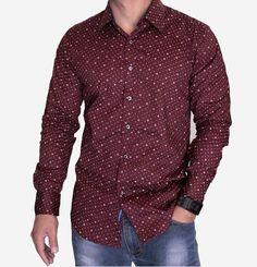 O destaque de hoje é para os homens! Look despojado e confortável, pra começar bem a semana. :) #temnajustenjoy [Camisa social masculina com estampa âncora e bolinhas [R$ 138,00]
