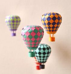 Free template for making paper hot air balloons! (You weave two colors together to get the pattern.) Perfect for a mobile - I can't wait to try! - Click image to find more DIY & Crafts Pinterest pins