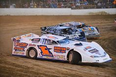 Read about how Chub Frank and Boom Briggs are helping each other succeed on the ultra competitive dirt late model traveling circuit http://www.onedirt.com/features/boom-briggs-and-chub-frank-digging-deep-to-live-dreams/ #dirtracing #latemodels #woo