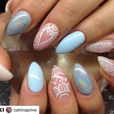 Some get buffed inspired nail #Repost @catrinaprive with @repostapp #nailsbycatrina #gelnails #bluenails #holographicnails #almondnails #whitenails #handpainted #handpaintednails #hennanails #freehand #pastelnails