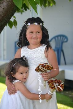 Rustic flower girl posy's. www.flaxation.co.nz