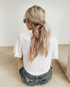 21 pretty ways to wear a scarf in your hair, easy hairstyle with scarf , hairsty. - 21 pretty ways to wear a scarf in your hair, easy hairstyle with scarf , hairstyles for really hot weather Scarf Hairstyles, Summer Hairstyles, Cool Hairstyles, Bandana Hairstyles For Long Hair, Hairstyle Ideas, Straight Hairstyles, Latest Hairstyles, Simple School Hairstyles, Easy Beach Hairstyles