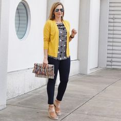 Do you shy away from wearing yellow? This week the Ageless Style ladies all braved wearing yellow to you lots of ways to incorporate this color into your closet this spring! I've added the Ageless Style post in the profile to make it easy for you to find all 10 looks. Grab some yellow and bring some sunshine to this Thursday! . . . . . To get the product details for this look and others, follow me on the LIKEtoKNOW.it app http://liketk.it/2vgeJ #liketkit @liketoknow.it #LT...