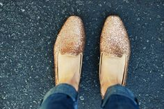 i wish i had small feet so i could wear these. if i tried to, my feet would definitely look like mini glittery canoes. or something.