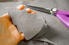 How to Make Your Own Natural Car Air Freshener with Wool Felt and Essential Oils