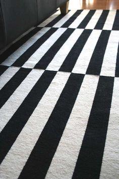 Via Hydrangea | Ikea Stockholm Rug | Black and White