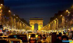 #ChampsElysées #Paris #France  O que nós apelidado de '' apenas '' a mais bela avenida do mundo fica em Paris. O Champs Elysees se estender ao longo de um pouco menos de 2 km no 8º arrondissement entre a Place de la Concorde e Place de l'Etoile. Eles conectam dois dos monumentos mais famosos de Paris: o Obelisco e do Arco do Triunfo.  Seu nome vem da mitologia grega em que ela simboliza o lugar do inferno para onde vão as almas virtuosas.  Os campos foram desenhados em 1616 sob as ordens de…