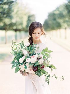 32 Best Kt August Images Wedding Bouquets Beautiful Flowers