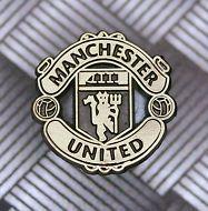 Manchester United Gold Medium Club Crest Metal Badge / Pin