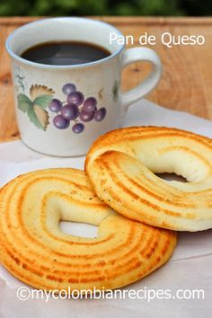Pan de Queso (Colombian-Style Cheese Bread) by My Colombian Recipes Colombian Dishes, My Colombian Recipes, Colombian Cuisine, Comida Latina, Desserts Japonais, Mexican Food Recipes, Dessert Recipes, Bread Recipes, Cooking Recipes