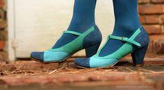 cool shoes, via Danielle Thompson's blog: http://thompsonfamily.typepad.com/thompson_familylife/2012/03/shoe-crush.html