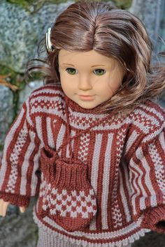 Knit doll clothes with Maalfrid Gausel design