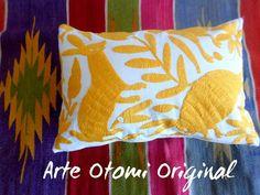 Arte Otomi by ArteOtomi Yellow Pillows, Throw Pillows, Pillow Shams, Pillow Cases, Early Black Friday, Bird Theme, How To Make Pillows, Hand Embroidery, Decorative Pillows