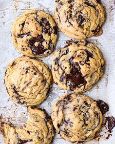 One Yolk, Six Perfect Chocolate Chunk Cookies