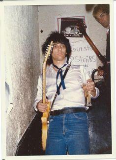 Johnny Thunders & Waldo at Max's Kansas City 1979 / Foto by Tobbe Wangelied great Blog - Johnny Thunders Rocks - !!!