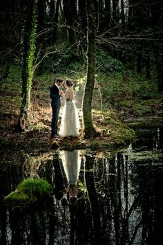 woodland wonderland wedding photo ideas