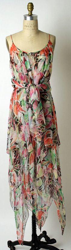 Evening dress Oscar de la Renta, Ltd. (American, founded 1965)  Designer: Oscar de la Renta (American, born Santo Domingo, Dominican Republic, 1932)  Date: early 1970s  Culture: American  Medium: silk  Dimensions: a) L. at center back: 53 in. (134.6 cm). b) L.: 42 in. (107.6 cm).  Credit Line: Gift of Anne Markley Spivak, 1996