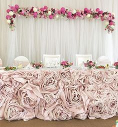 Floral front sweethearts table