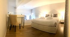 Edinburgh is full of gorgeous scenary and we were lucky to stay on one of the best apartments in the city. The Room 2, Upstairs Bedroom, Cool Apartments, Garden Photos, Kitchenette, Last Minute, Shower Doors, Modern Bathroom, Edinburgh